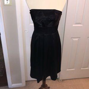 ⭐️HOST PICK⭐️ Little Black Dress Sz 4, WHBM